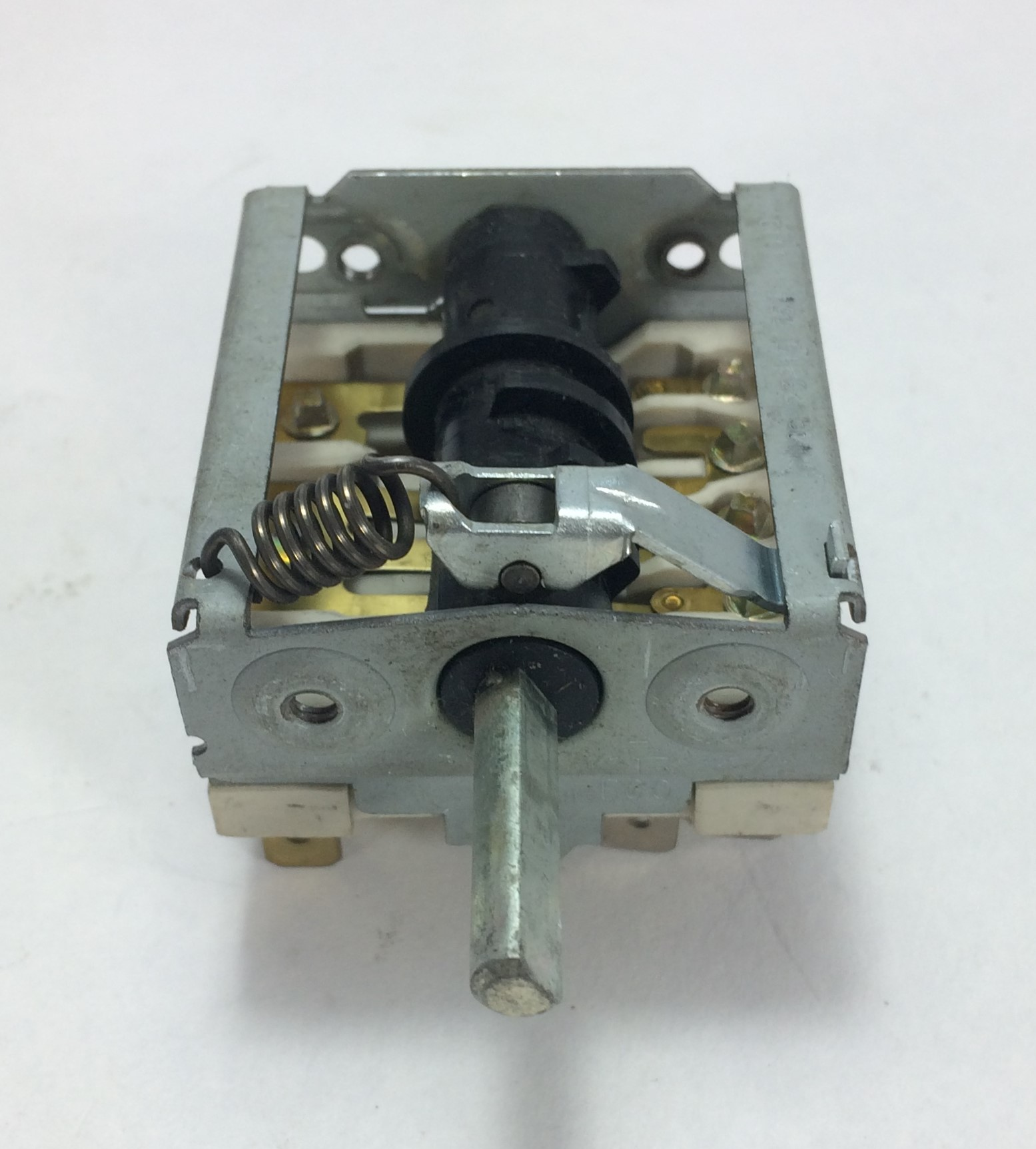 ROTARY SWITCH 6 POSITION 3 POLE EGO 52183703 T150... BERTOS ...